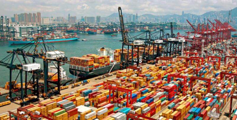 The Port of Shanghai is the Biggest Sea Port in China