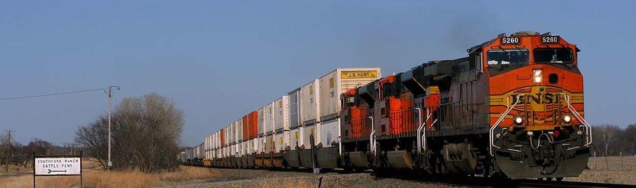 Rail shipment from China to Poland is also cost-effective.