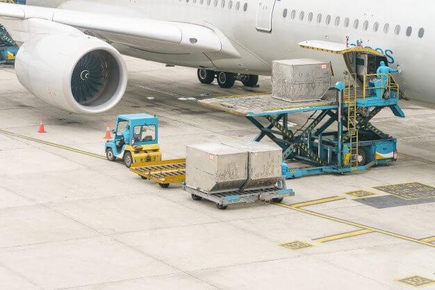 Air cargo unloading at airport